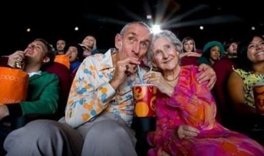 Proyecto piloto, entrada de adultos mayores gratis al cine