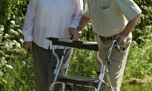 Implementos de movilidad para Adultos Mayores